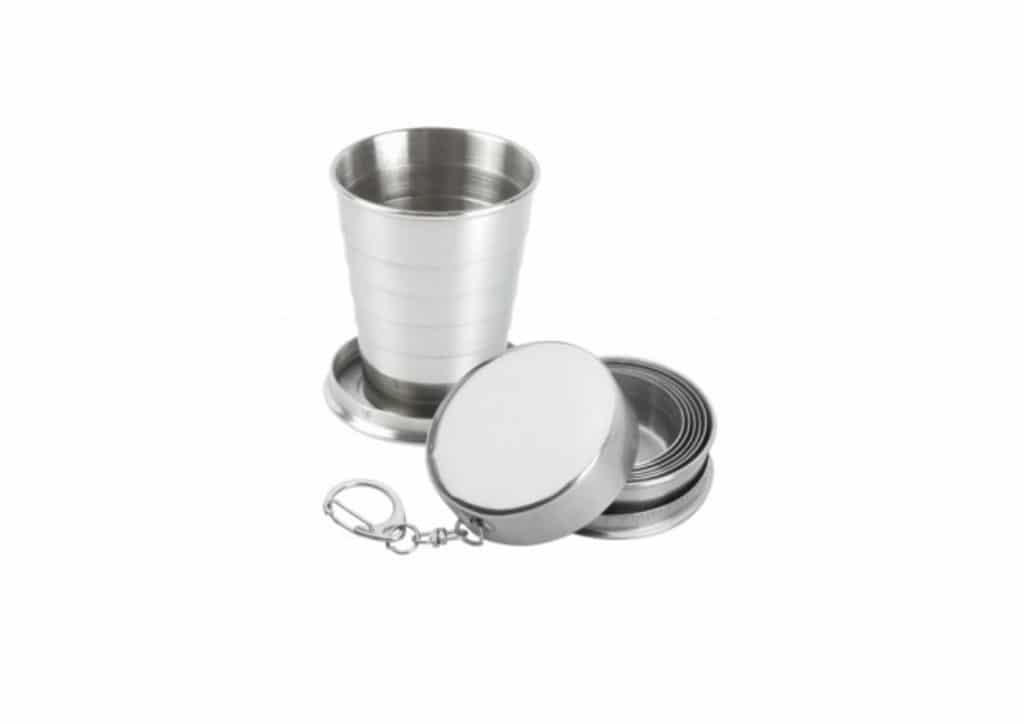 Sulankstomas puodelis pakabukas